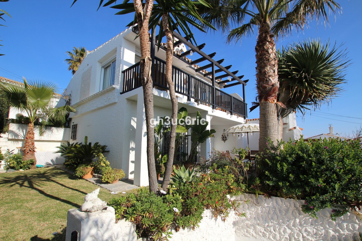 Charming split level, detached villa, situated on the 2nd line from the beach on the outskirts of Es, Spain