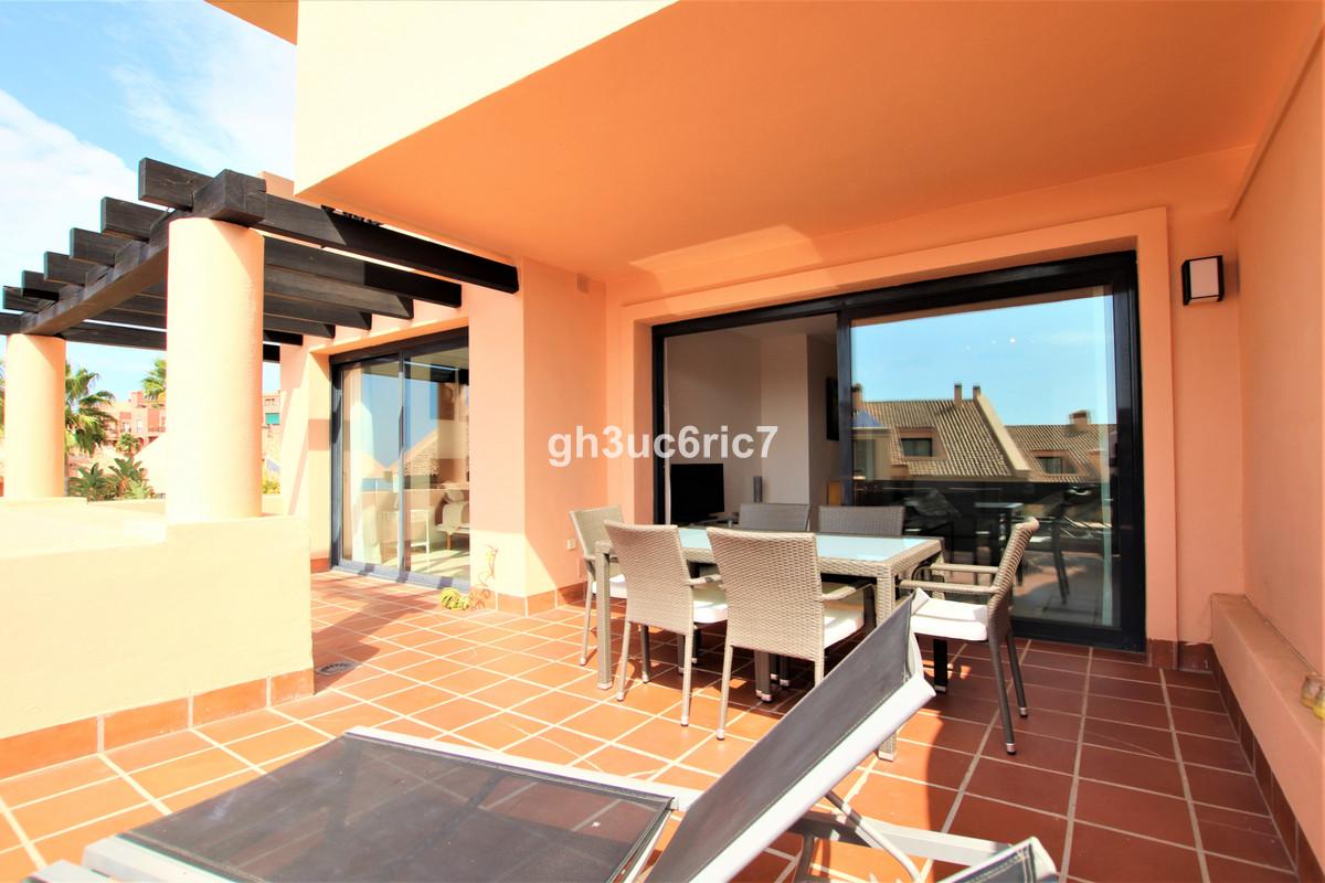 Marbella Banus Apartamento Planta Media en Venta en Calahonda – R3503674