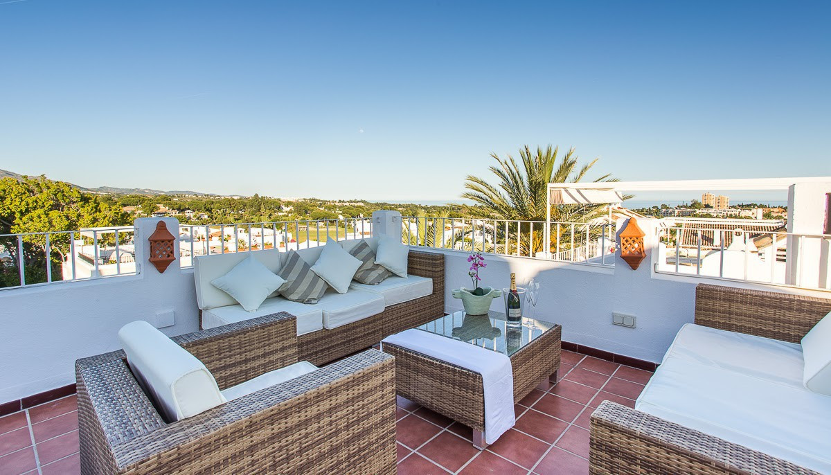 This 2 bedroom duplex apartment with possibility for a third bedroom is situated in a lovely communi, Spain
