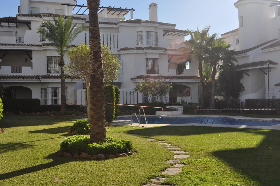 Apartamento Planta Baja 2 Dormitorio(s) en Venta Nueva Andalucía