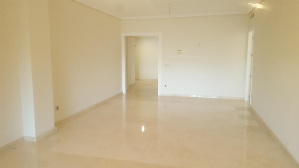 R3504799 Apartment Casares Playa, Málaga, Costa del Sol