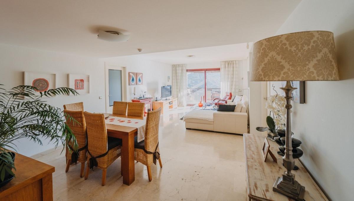Middle Floor Apartment, Casares, Costa del Sol. 3 Bedrooms, 3 Bathrooms, Built 130 m², Terrace 71 m²,Spain