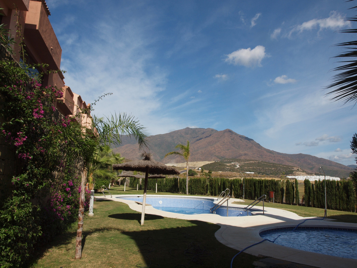 Beautiful and spacious corner townhouse with 3 bedrooms, 3 bathrooms and toilet, distributed over th,Spain