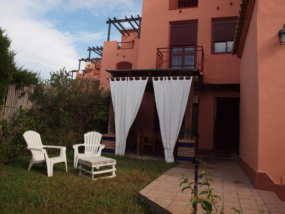 Apartment in El Padron