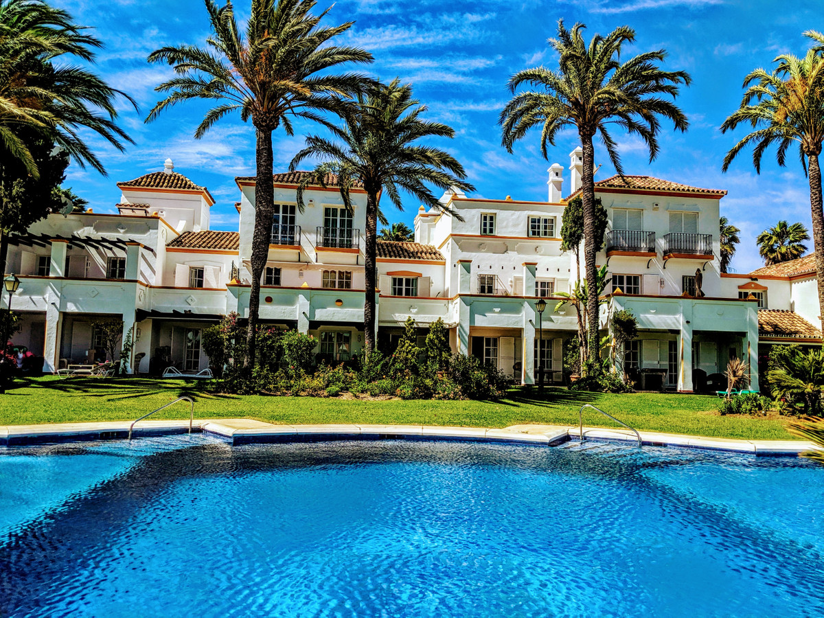 For sale townhouse with lots of charm, south facing and sea views from the second floor for sale in , Spain