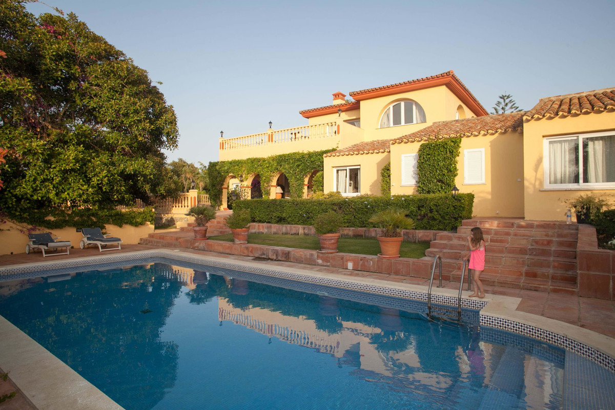 Detached Villa · Sotogrande