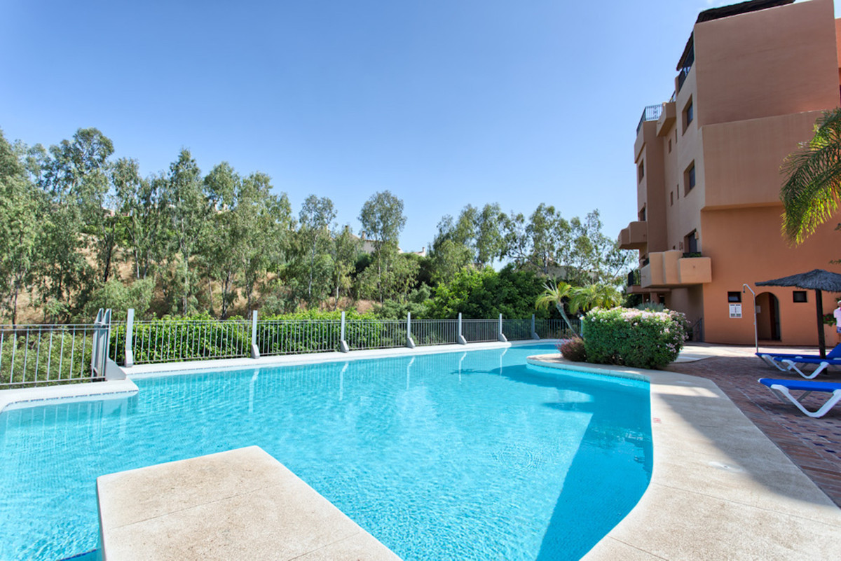 Apartment in Benahavis