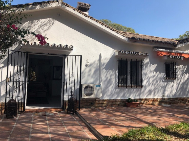 Detached Villa for sale in Marbesa R3629291