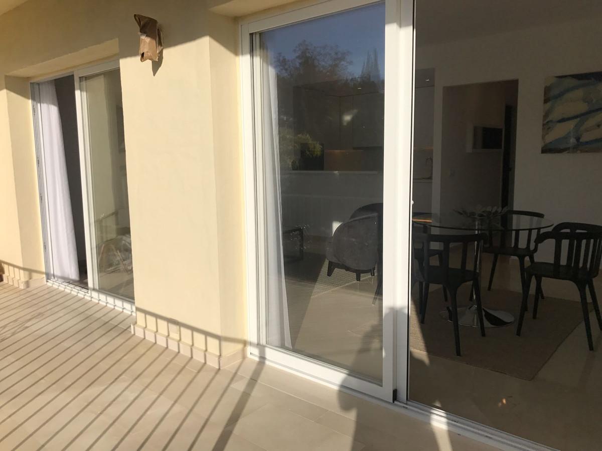 Apartment in Nueva Andalucía R2999900 15