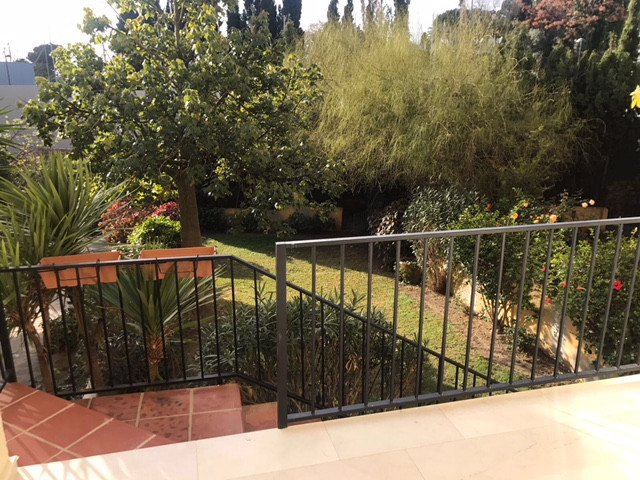 Apartment in Nueva Andalucía R2999900 17