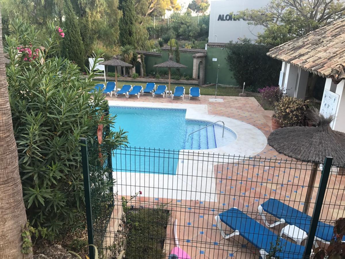 Apartment in Nueva Andalucía R2999900 23