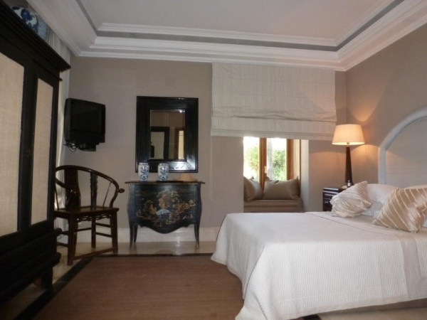 House in Marbella R2907356 10