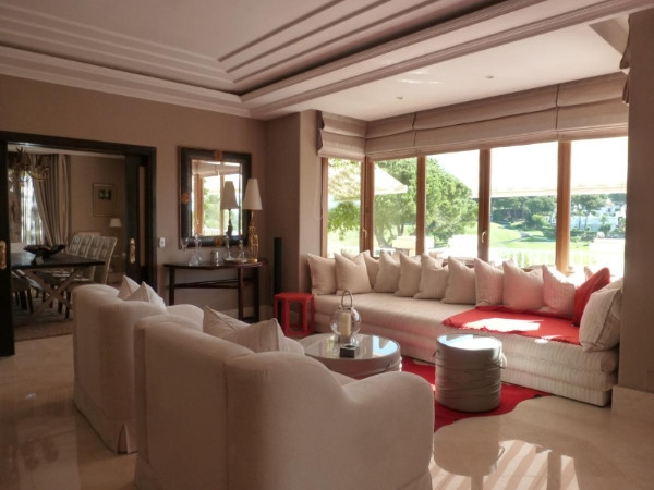 House in Marbella R2907356 3