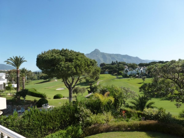 House in Marbella R2907356 6