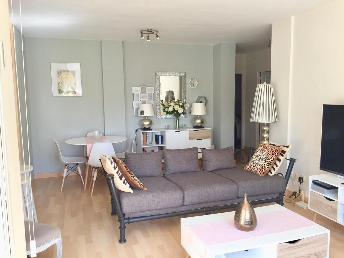 Apartamento en Venta en Marbella – R3540745