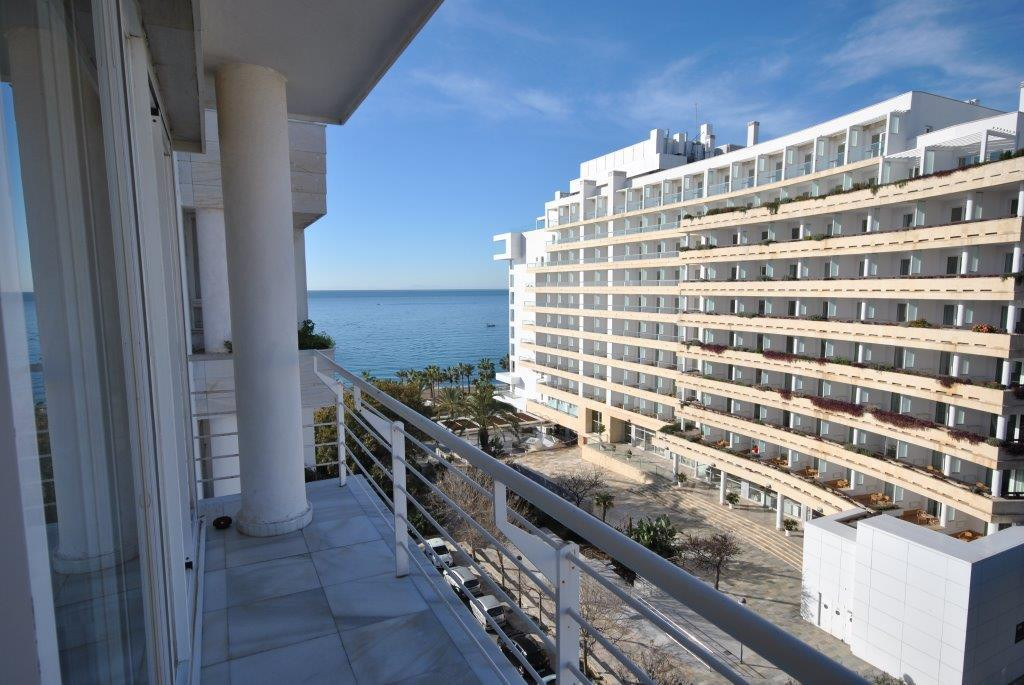 Fantastic office in one of the best buildings in Marbella. Features a wide reception, an ample and b,Spain