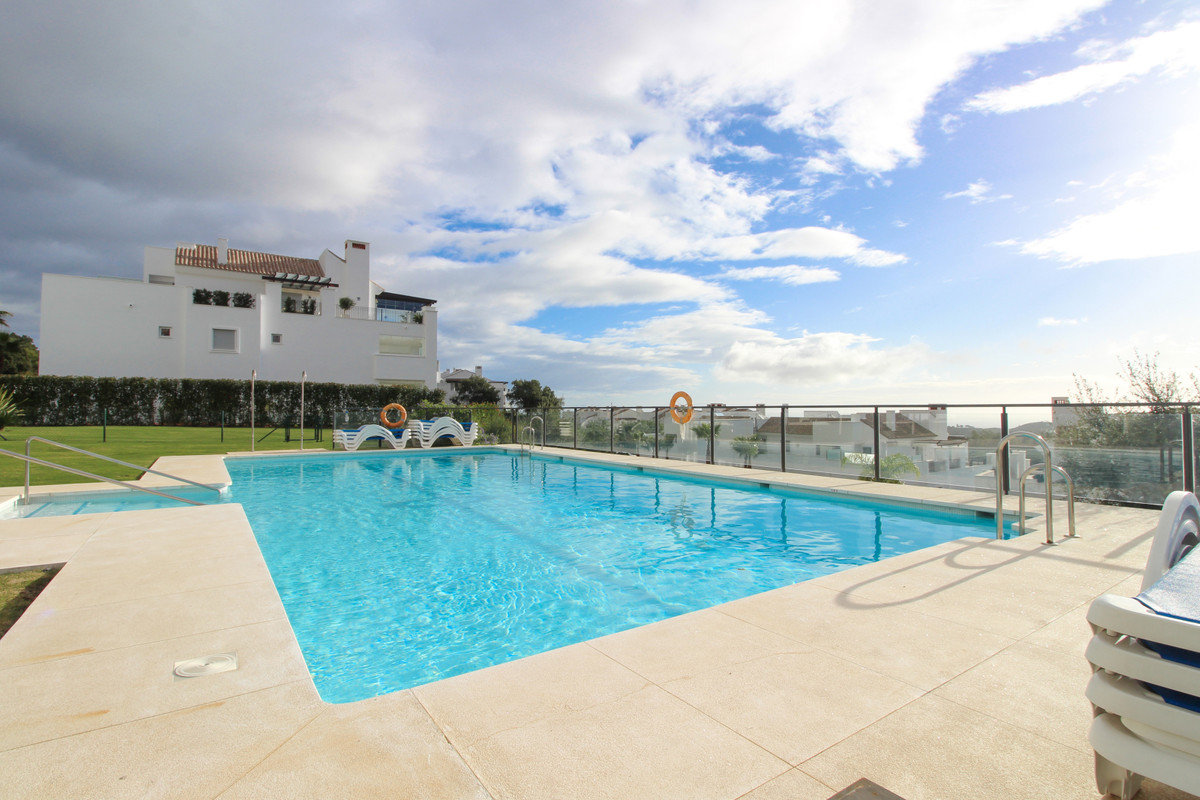 La Floresta Sur is a modern development of luxury apartments located in the residential area of La M,Spain