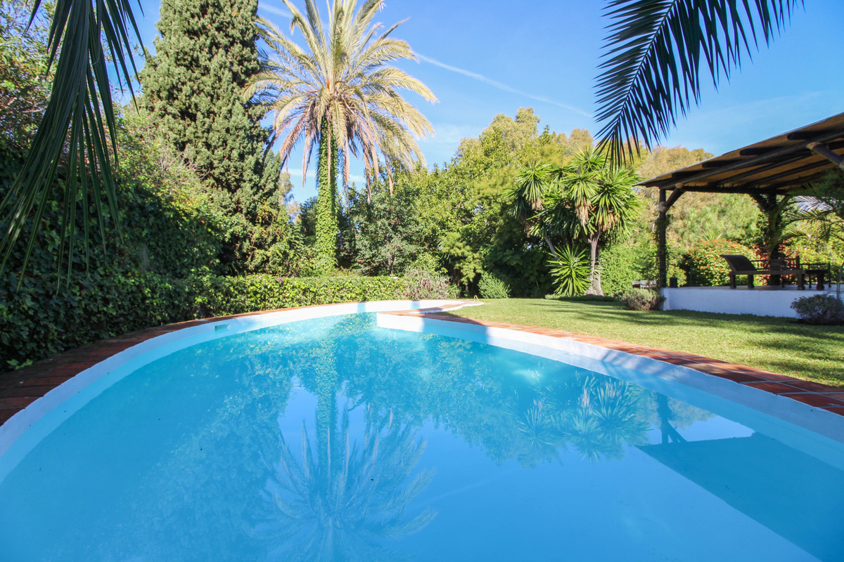 Detached Villa in The Golden Mile