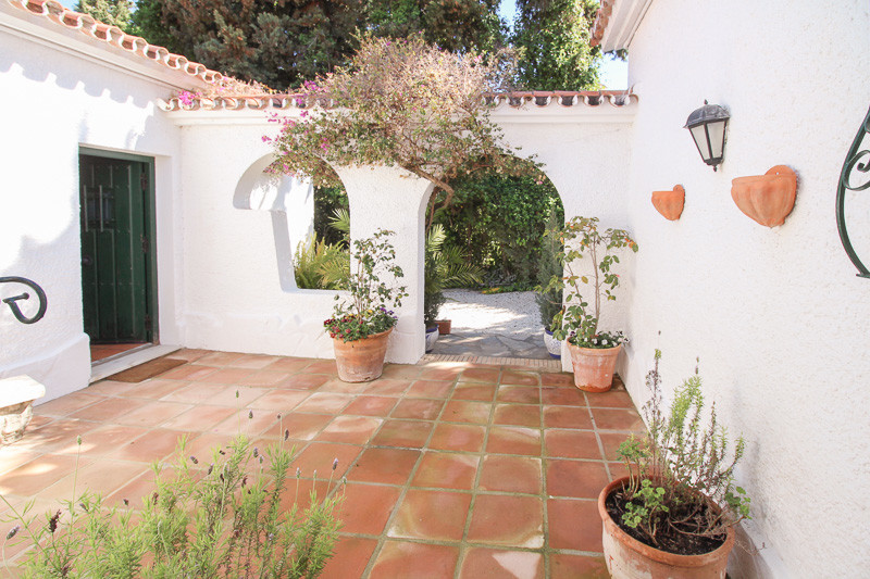 Villa – Chalet en Venta en The Golden Mile – R3265939