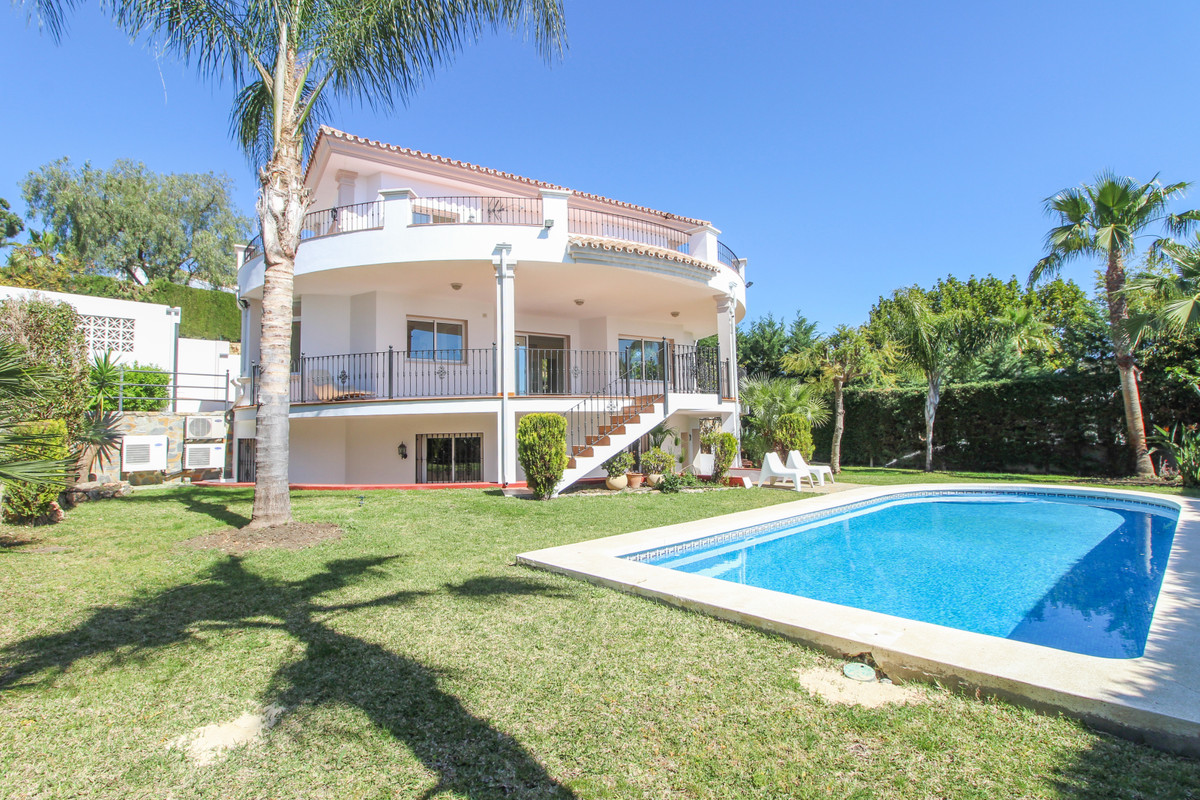 4 bedroom villa for sale la quinta