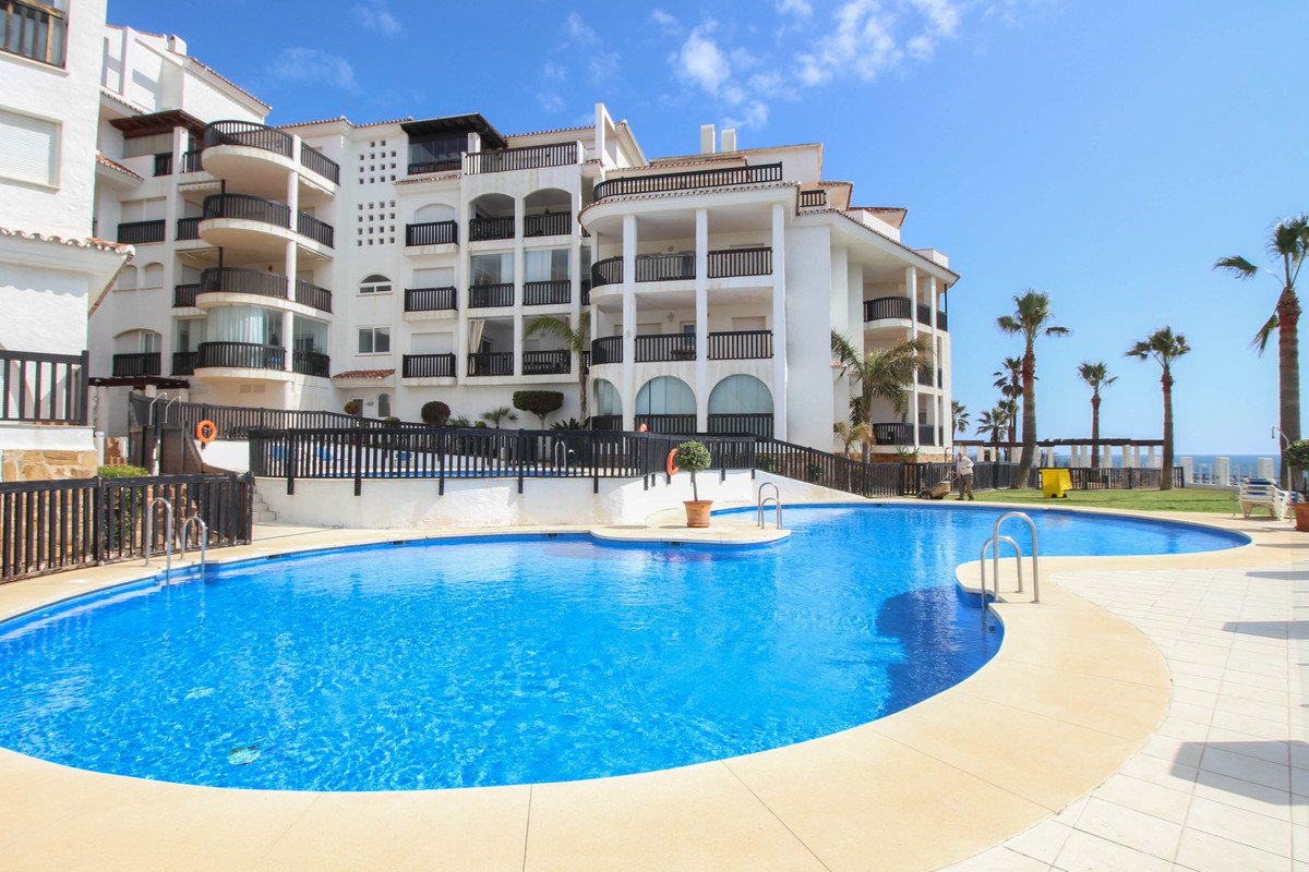 *****************ATTENTION ALL INVESTORS******************** This studio apartment located in the fr,Spain