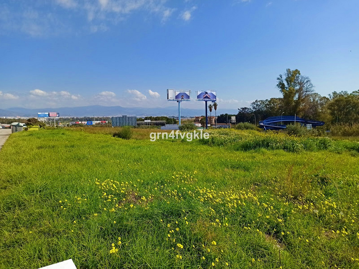 COMMERCIAL LAND  ATTENTION INVESTORS! . COMMERCIAL PLOT FOR SALE located in ZONA PRIME DE N-340. It , Spain