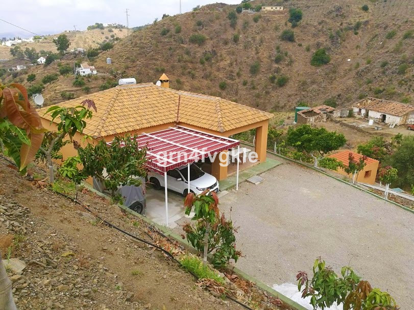 Mangos farm with house./ Plot of 1 hectare / Plantation of 1000 mangoes in production. Beautiful hou,Spain