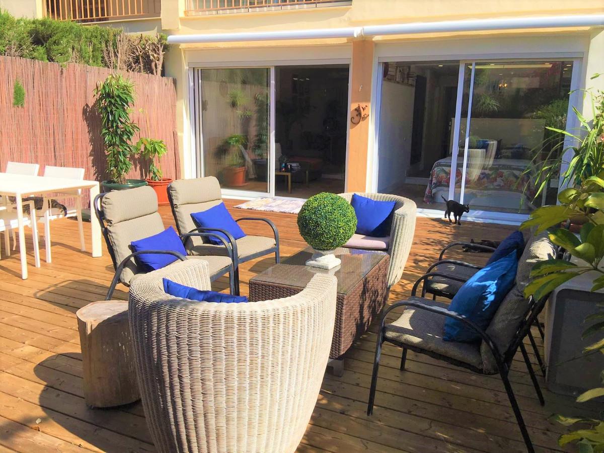 Marbella Banus Apartamento en Venta en Calahonda – R3850312