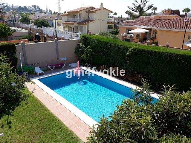 Wonderful detached villa, with excellent location in a quiet area, only 500 m. from the center of Ri, Spain