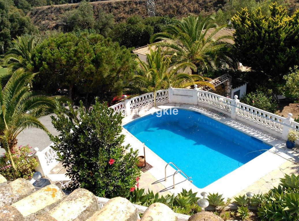 Detached Villa, Torrenueva, Costa del Sol. 4 Bedrooms, 3 Bathrooms, Built 200 m², Terrace 100 m², Ga, Spain