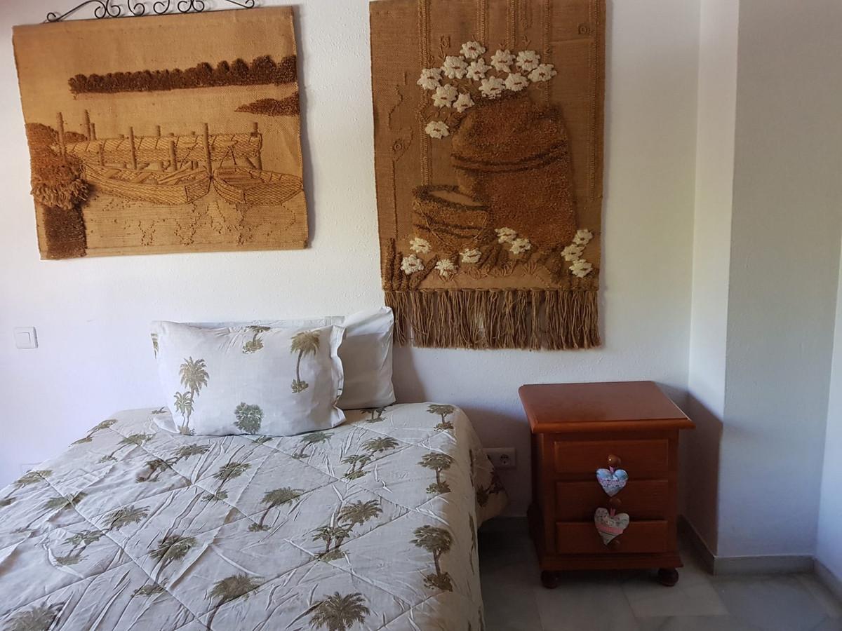 Apartment for Sale in Marbella – R3689348