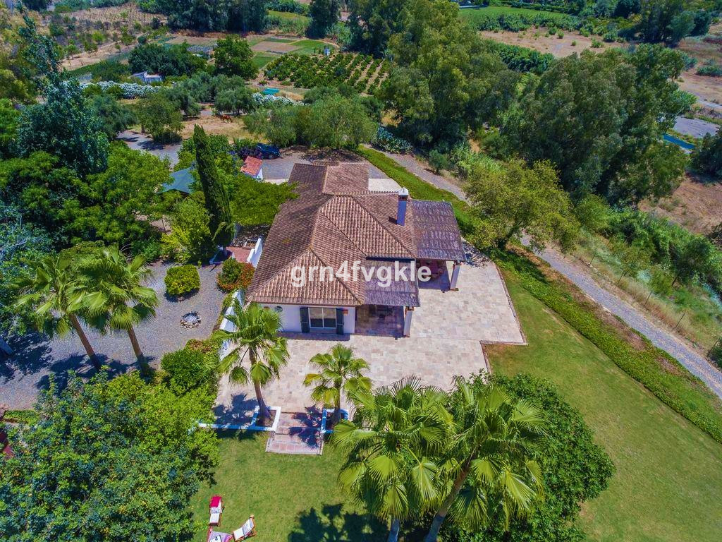 JUST REDUCED FROM  2.150.000€ 1 farmhouse of 520 m2 (to be rehabilitated). 1 house of 150 m2. (new).,Spain