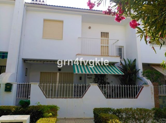 Townhouse, Velez-Malaga, Costa del Sol East. 4 Bedrooms, 2 Bathrooms, Built 119 m², Terrace 20 m².  , Spain