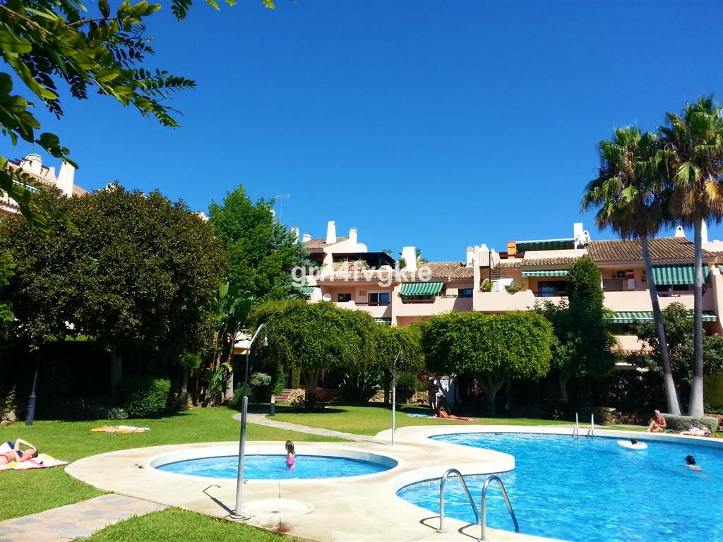 Middle Floor Apartment, Bel Air, Costa del Sol. 1 Bedroom, 1 Bathroom, Built 75 m², Terrace 10 m². M, Spain