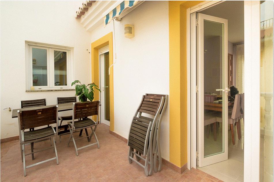 Middle Floor Apartment, Benamocarra, Costa del Sol East. 3 Bedrooms, 1 Bathroom, Built 124 m2 Beauti,Spain