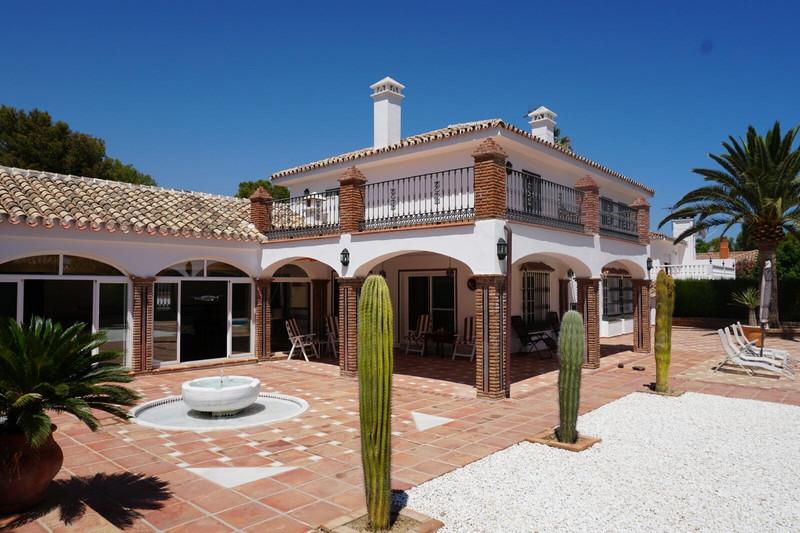 Villa – Chalet en venta en El Coto – R3515698