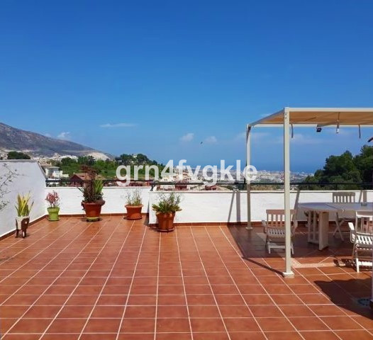 Apartment for sale in area of the stupa (Benalmadena pueblo) with two bedrooms, two bathrooms, livin,Spain