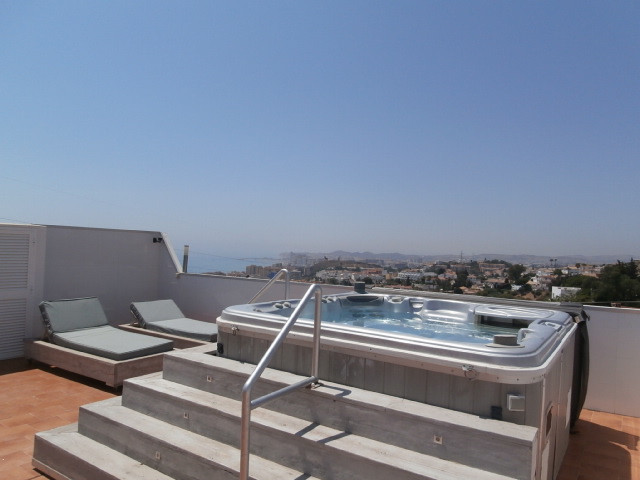 Stunning 3 bed penthouse and roof terrace Fuengirola. This spacious 3 bed penthouse boasts a huge 11, Spain