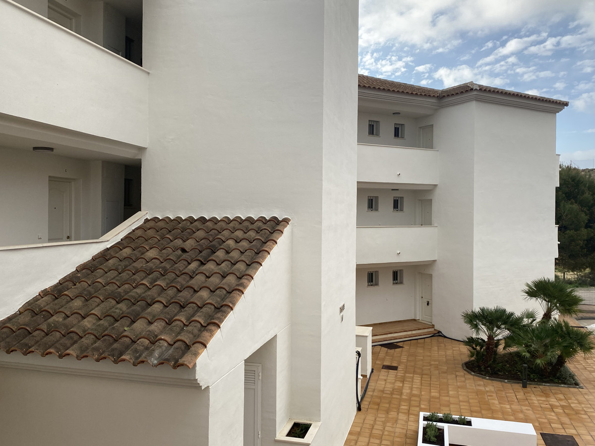 Top Floor Apartment in Manilva