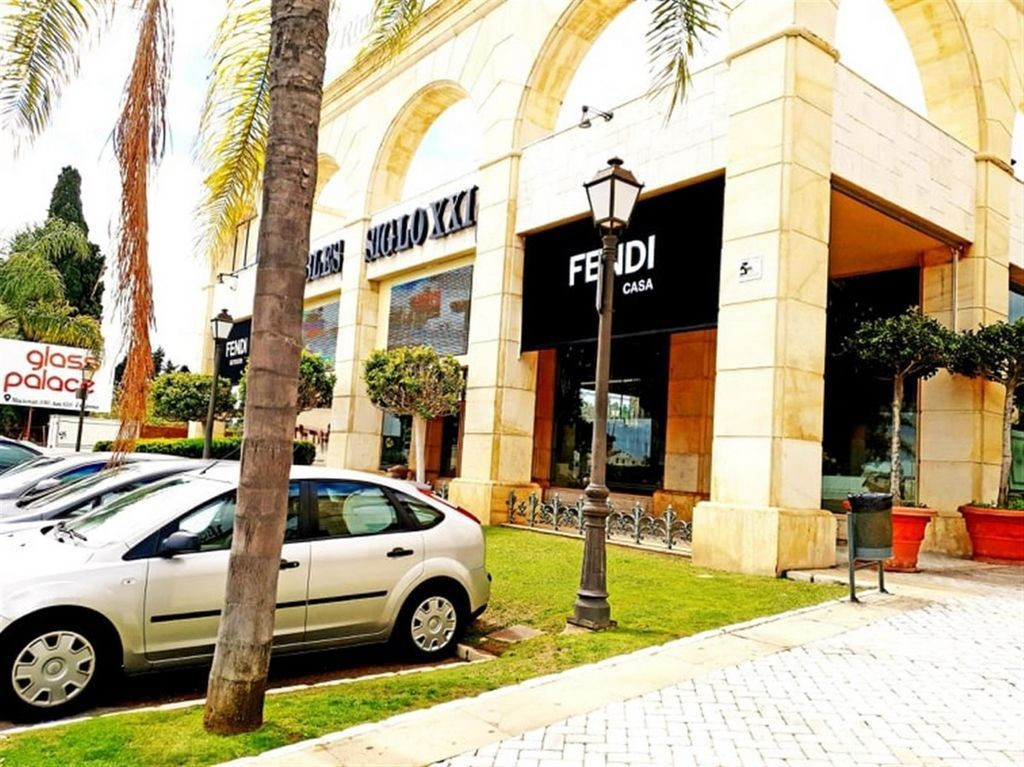 A fantastic commercial premises currently operating as a Luxury furniture business and Interior desi,Spain