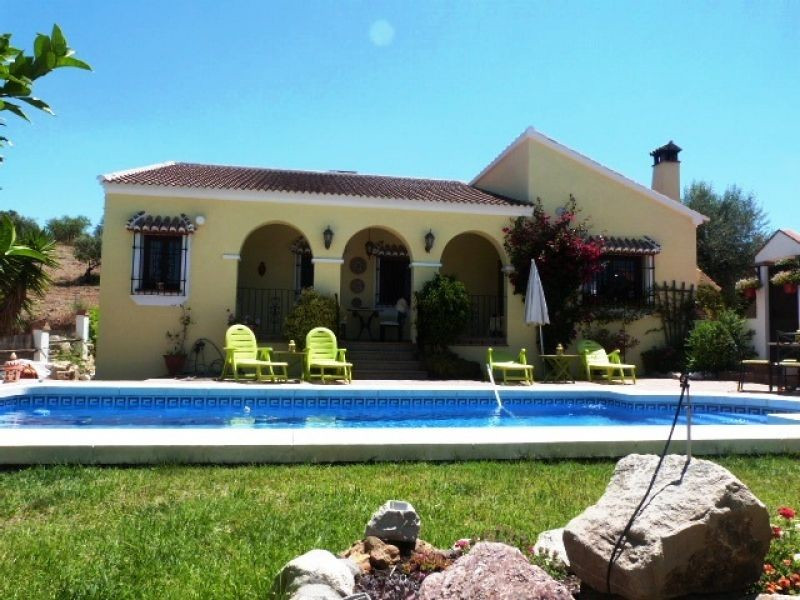 This beautiful and spacious villa is located in Riogordo. The accommodation comprises 3 double bedro,Spain