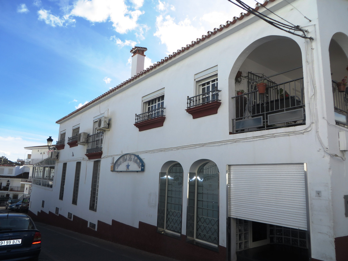 This very large townhouse is located in the centre of the beautiful town of Competa which is approxi,Spain