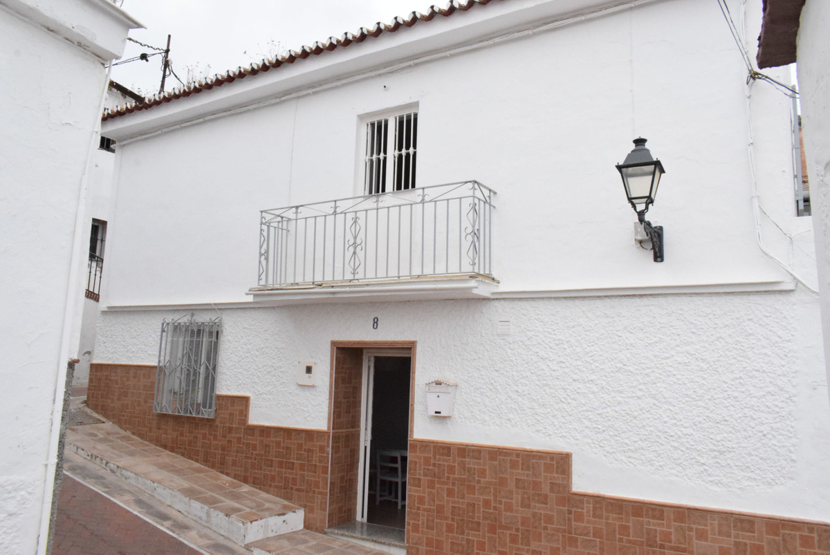Beautiful townhouse, very spacious inside with a light atmosphere. Three houses were connected and r,Spain