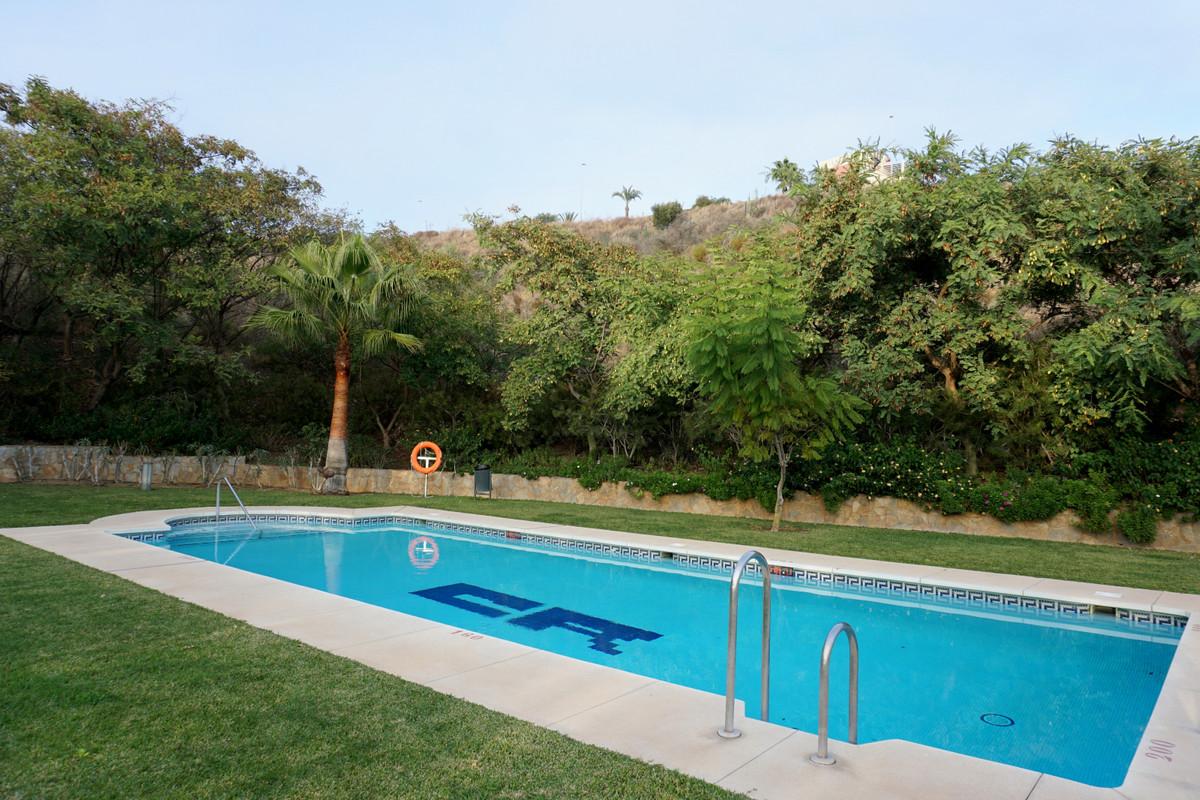 Apartamento Planta Media en La Cala de Mijas, Costa del Sol