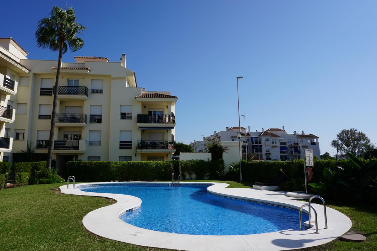 Marbella Banus Apartamento Planta Media en Venta en Nueva Andalucía – R1963989