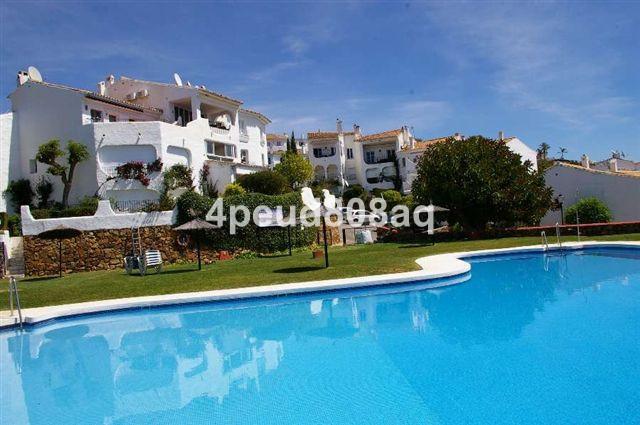 Apartment for sale in Altos de los Monteros
