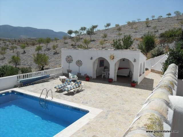 Bed and Breakfast for sale in Velez Rubio