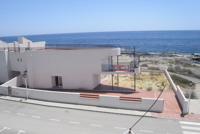 Villa for sale in El Pozo del Esparto