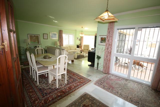 Villa for sale in El Chaparral