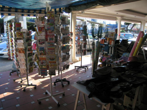 Shops for sale in Calypso